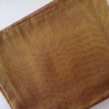 0035 Etole en organza de soie bronze reflets violets disponible immédiatement