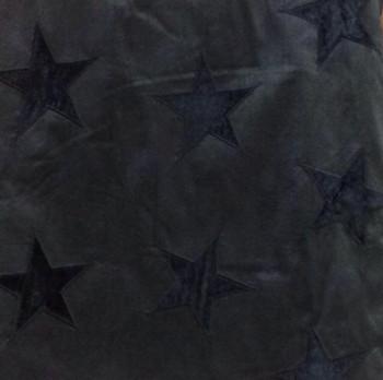 Soie brodée noire à motifs étoiles